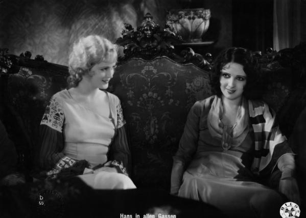 Betty amann and camilla horn in hans in allen gassen 1930 1